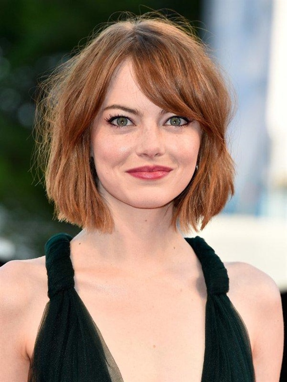Emma Stone Hairstyles for Round Faces