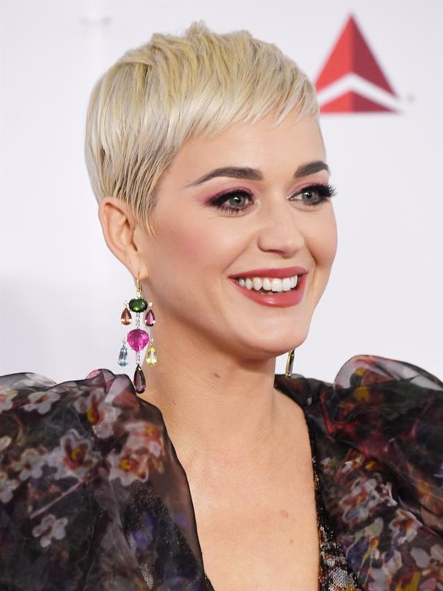 Katy Perry Short Haircut and Hairstyles