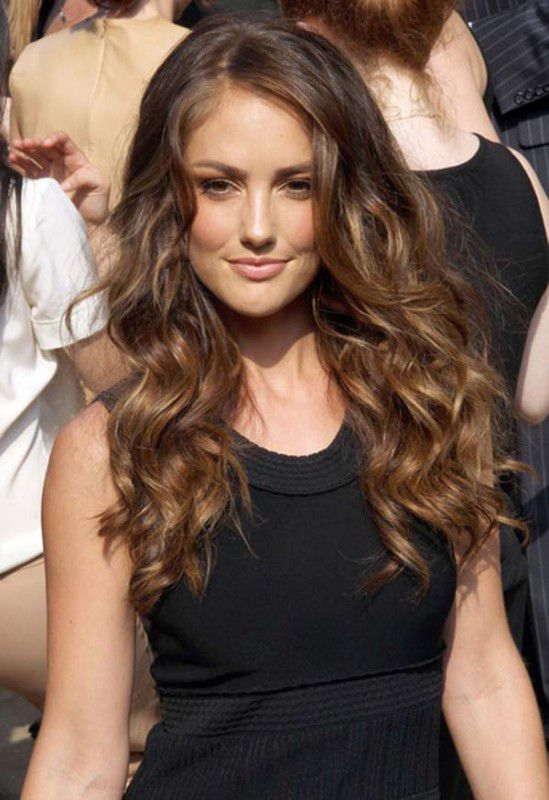 Standart Long and Curly Hairstyles