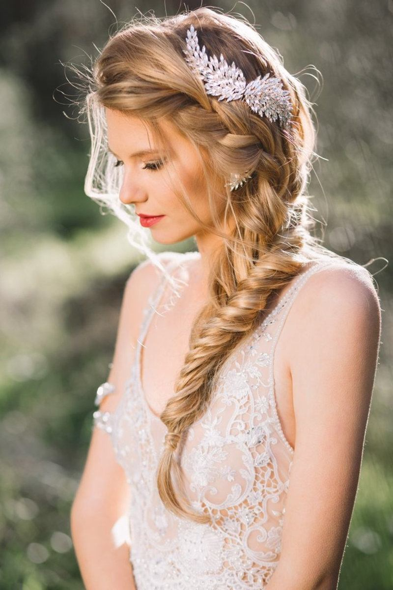 tressed and ponytail bridal hairstyles