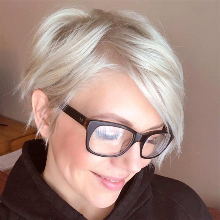 Pixie Hairstyles for Thick Hair