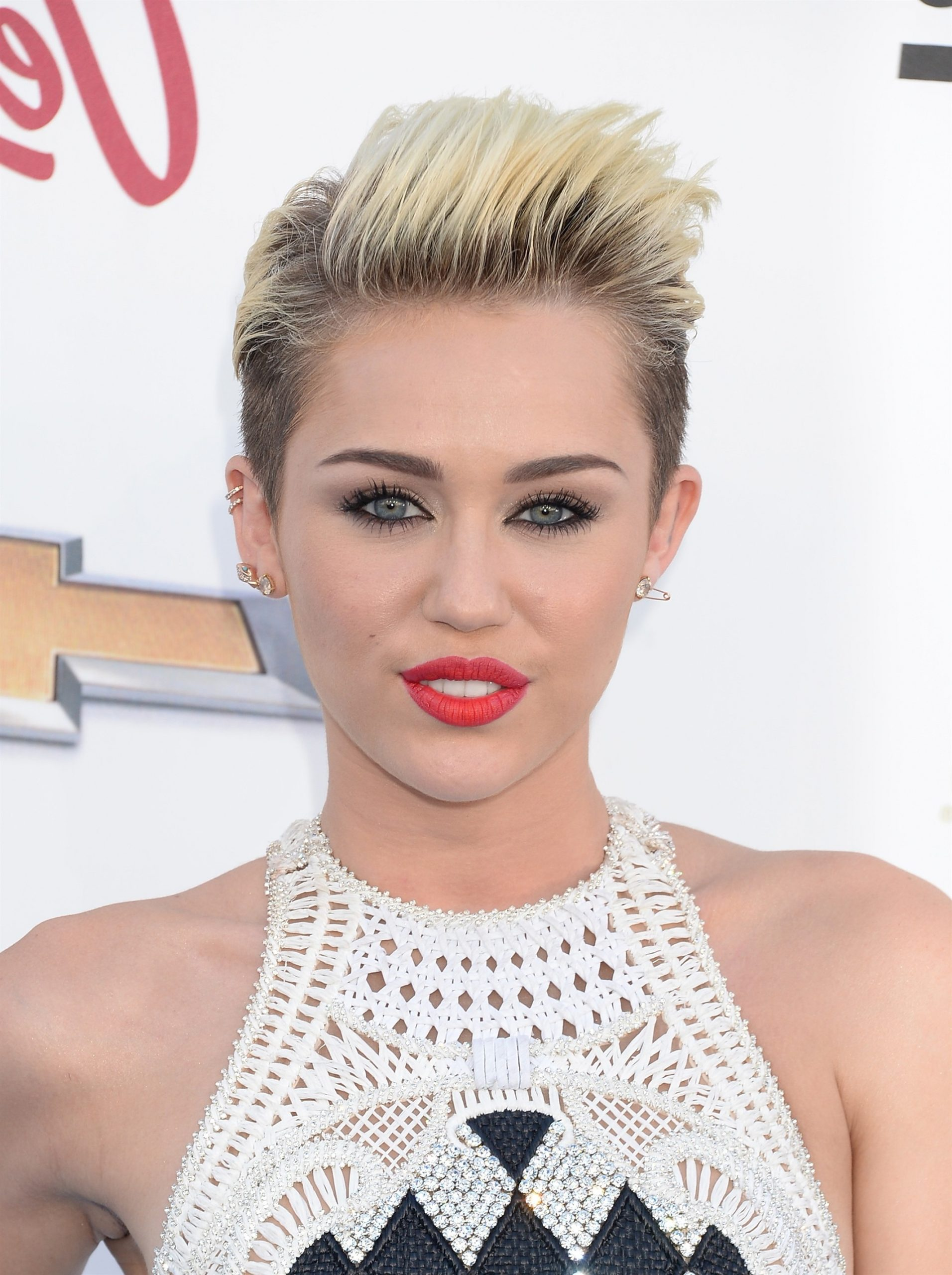 Pixie Hairtrends Miley Cyrus